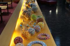 Überblick über alle Objekte der Ausstellung.